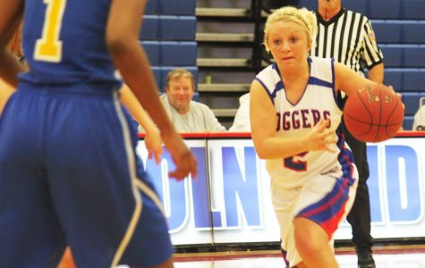 Young women's basketball team signs scorers