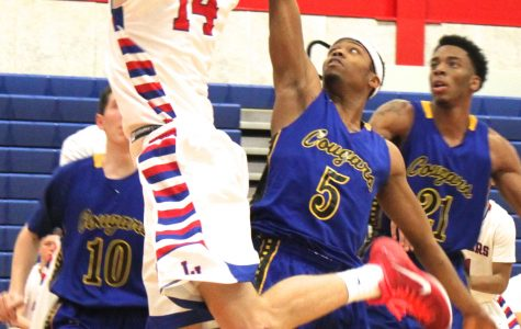 LLCC's losing streak, conference woes continue, as team falls to ICC, 64-59