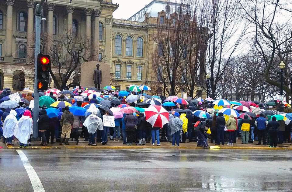 Students and protesters gather at the State Capital