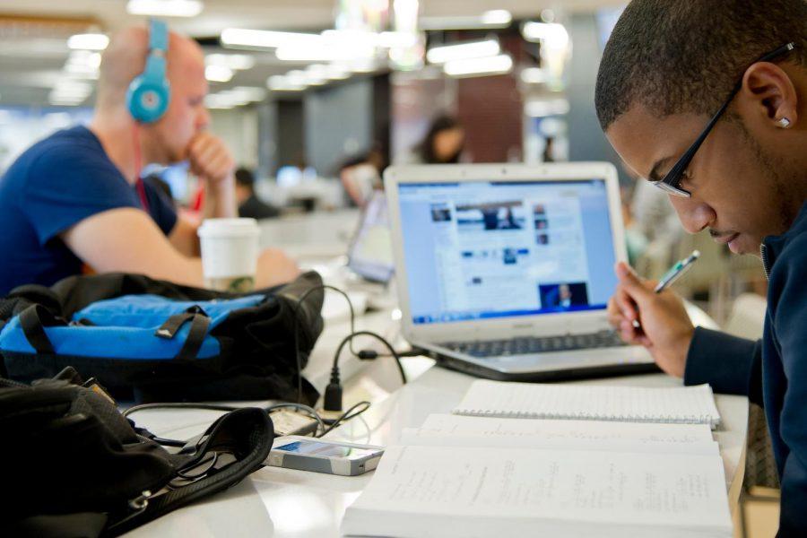 College students seek everyday balance between work and school