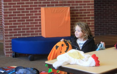LLCC Honors Program puts the 'boo' in BOOtique