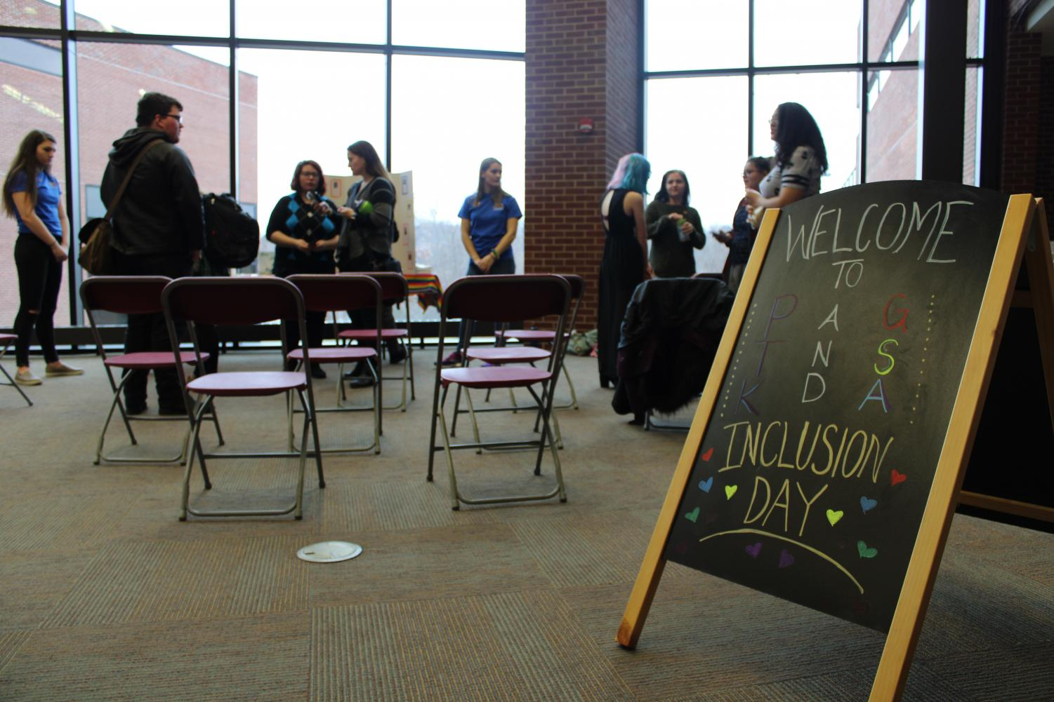 Phi Theta Kappa and the Gay-Straight Alliance hosted an Inclusion Day. Members collected donations for the Phoenix Center and spoke about inclusivity in academia.